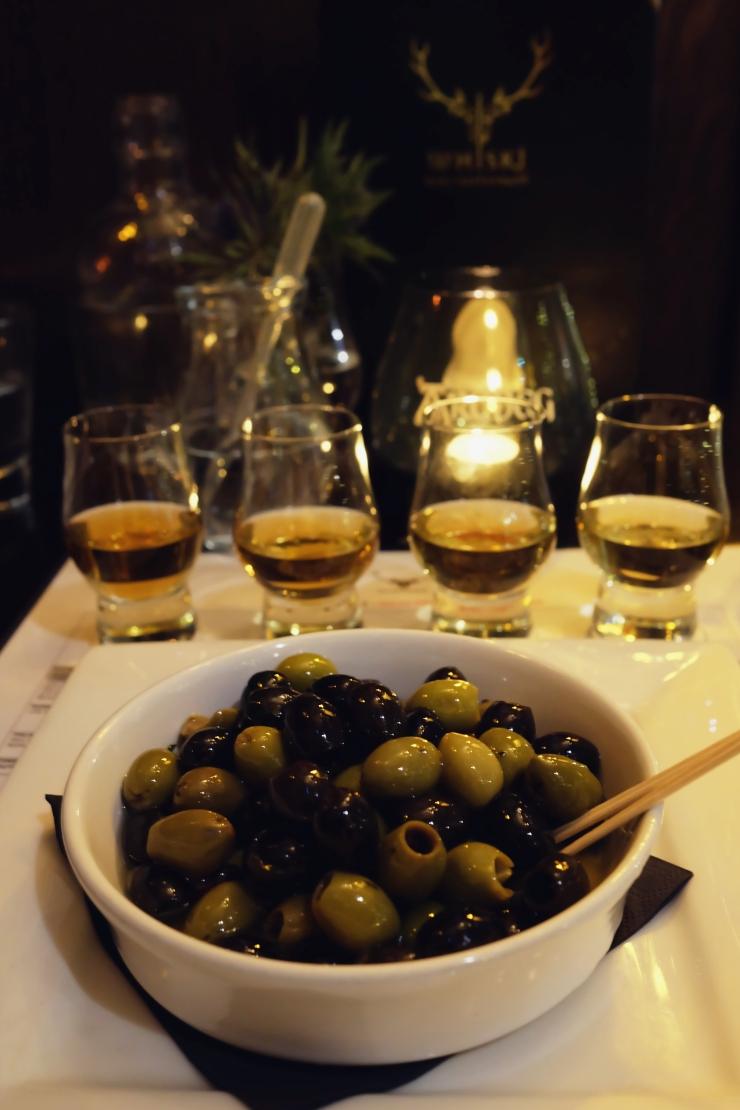 best whisky room in edinburgh