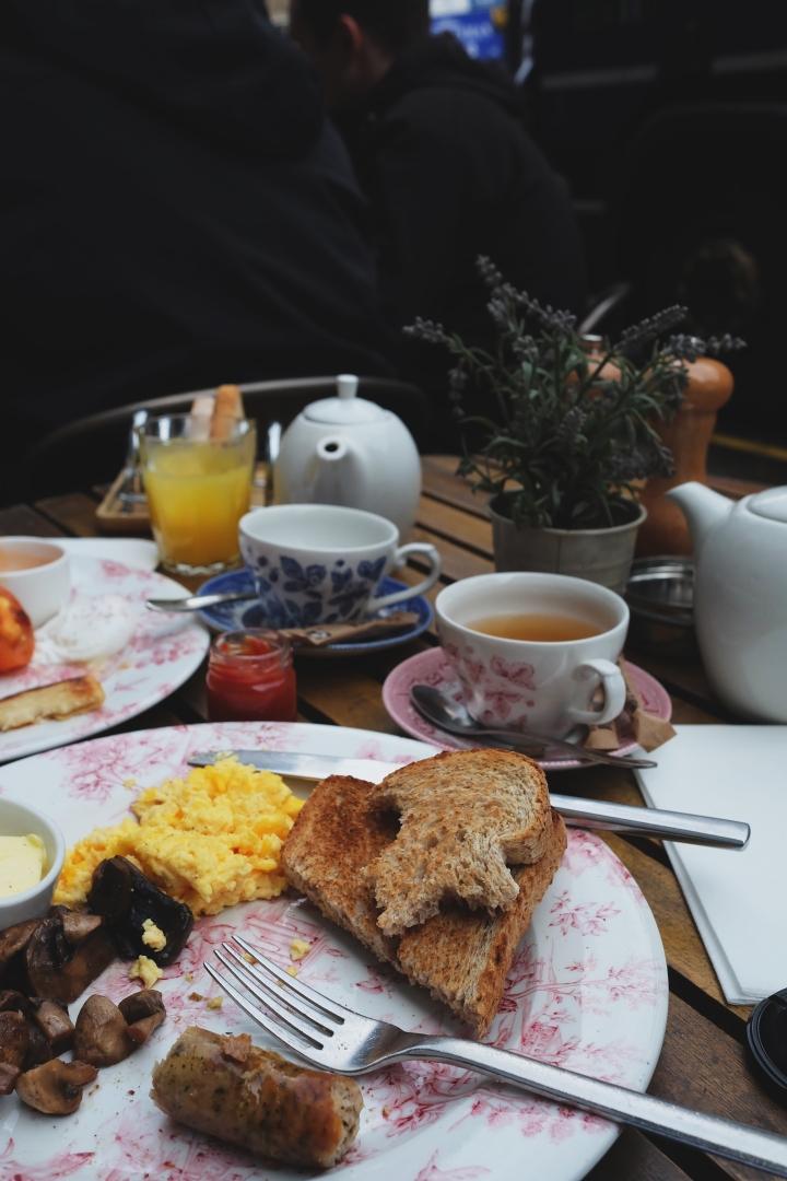 full english breakfast in edinburgh